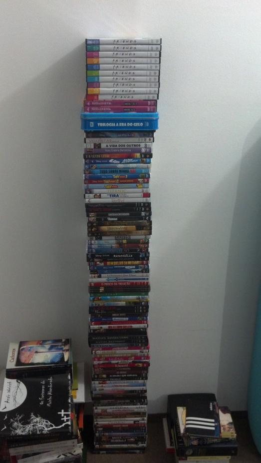 Pilha de DVDs